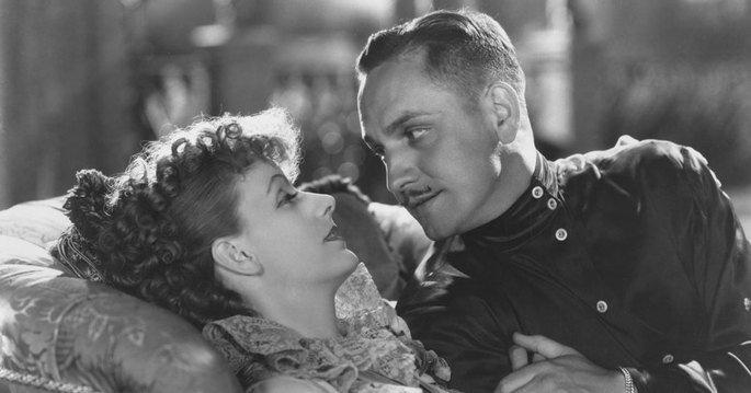 Fotograma de la película Ana Karenina, en el que aparece Greta Garbo y Frederic March