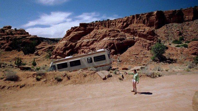 Walter White en el desierto de Albuquerque.