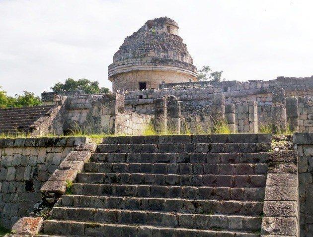 El Caracol (posible observatorio maya)
