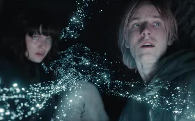 Fotograma del final de la serie, donde Martha y Jonas desaparecen