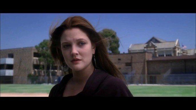 Drew Barrymore interpreta a Kearen Pomeroy.