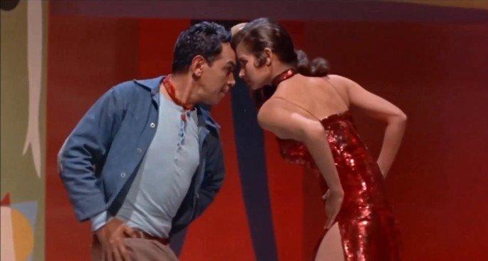 Fotograma de la película El bolero de Raquel