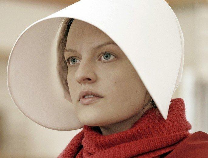 Fotograma de la serie El cuento de la criada