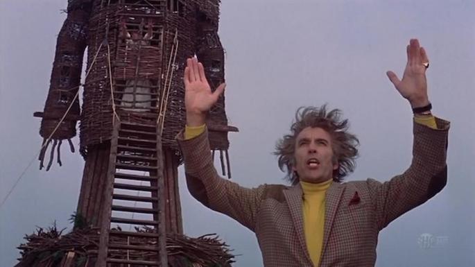 Fotograma de la película El hombre de mimbre