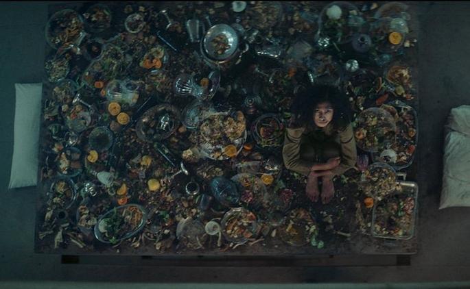 Fotograma de la película El hoyo
