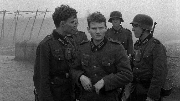 Fotograma de la película El puente