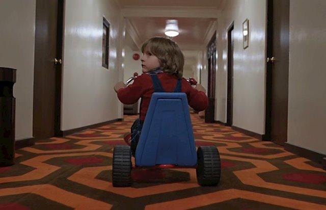 Fotograma de la película El resplandor