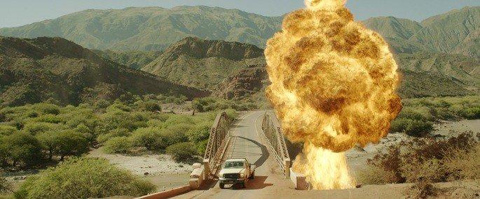 Explosión del coche.