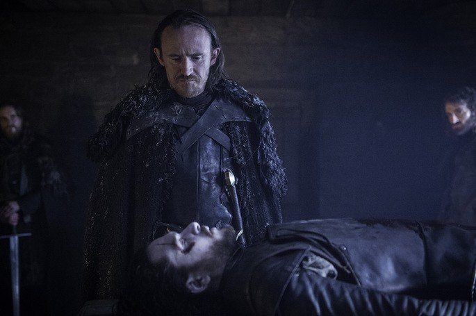Jon Snow resucita