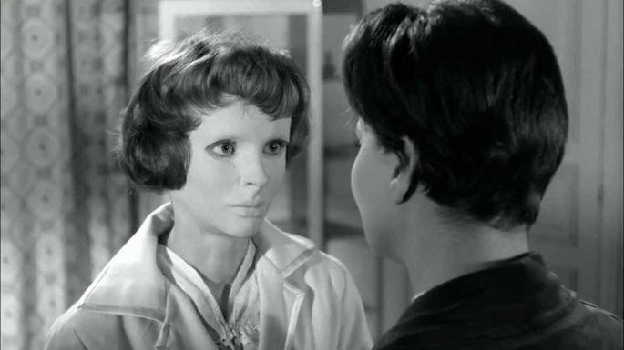 Fotograma de la película Los ojos sin rostro