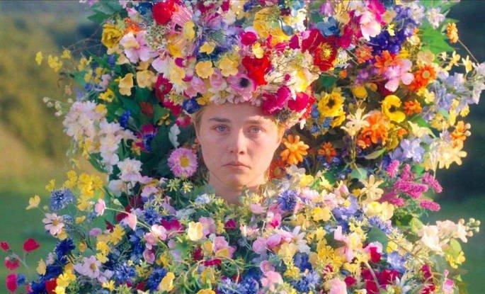 Fotograma de la película Midsommar