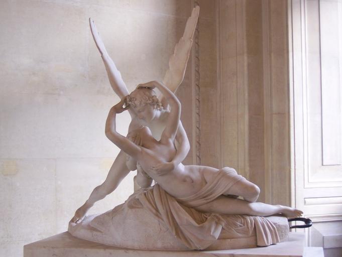 Escultura Psique reanimada por un beso de amor