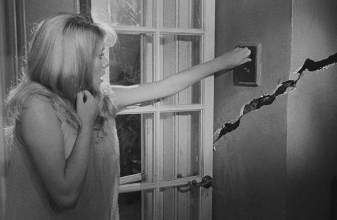 Fotograma de la película Repulsión