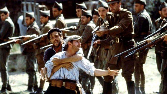 Fotograma de la película Tierra y libertad