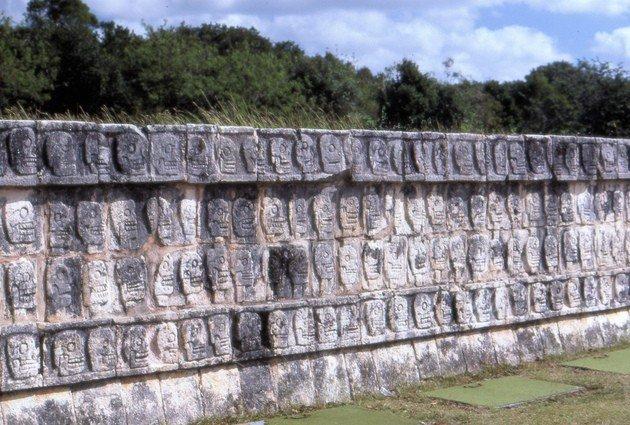 Tzompantli o Muro de las Calaveras.