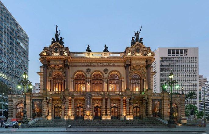 O Theatro Municipal de São Paulo foi palco para a Semana de Arte Moderna