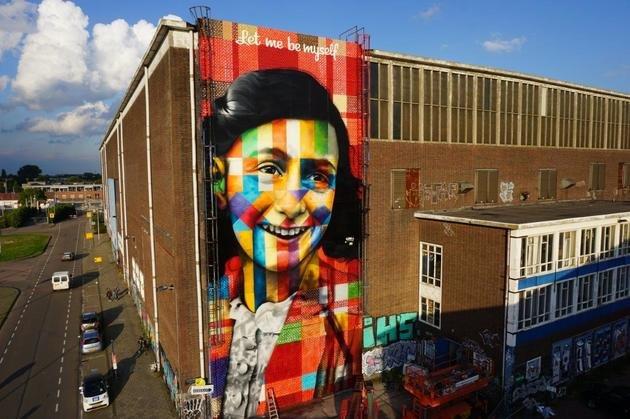 Mural feito por Eduardo Kobra em homenagem à Anne Frank.