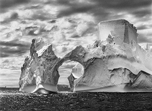 imagem de uma geleira na exposição Gênesis, de Sebastião Salgado