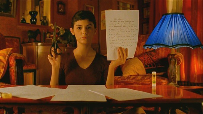 Amélie forja uma carta para a zeladora do prédio