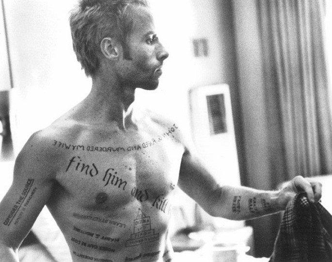 Frame: tatuagens de Lenny