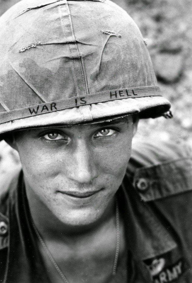 Retrato de soldado americano no Vietnã