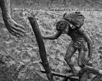 Sebastião Salgado: 13 fotos impactantes que resumem a obra do fotógrafo