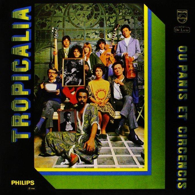 capa do disco Tropicália, exibe fotografia de diversos cantores e artistas brasileiros