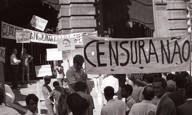 Protesto pelo fim da censura