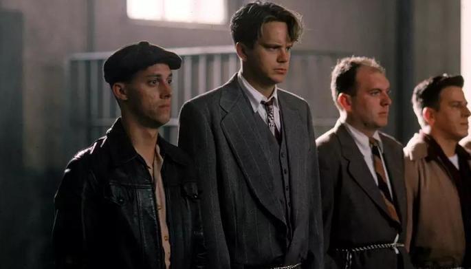 chegada de Andy à prisão de Shawshank em Um sonho de liberdade