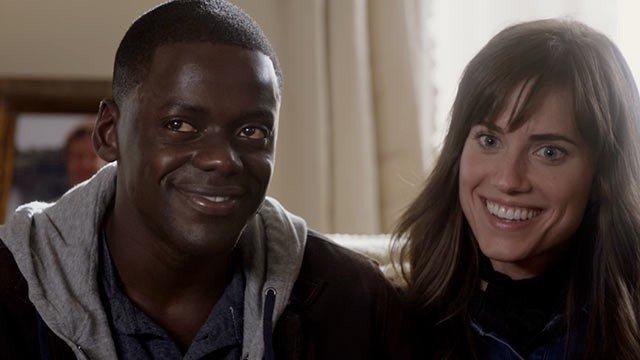 Casal no começo do filme