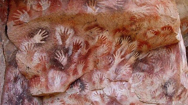 cueva de las manos pintura rupestre