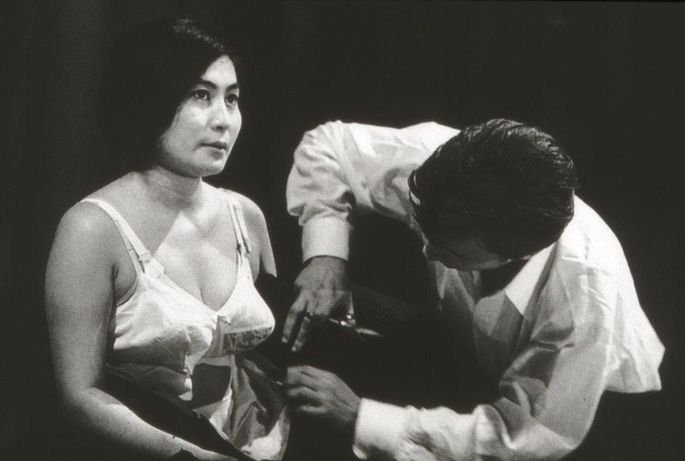 cut piece performance Yoko Ono