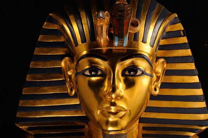 Máscara mortuária de Tutankamon
