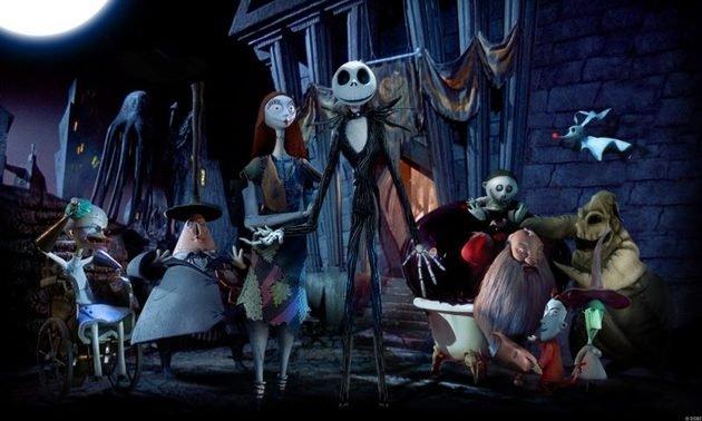 O filme O Estranho Mundo de Jack (The Nightmare Before Christmas), de Tim Burton, é aludido da na música I miss you.