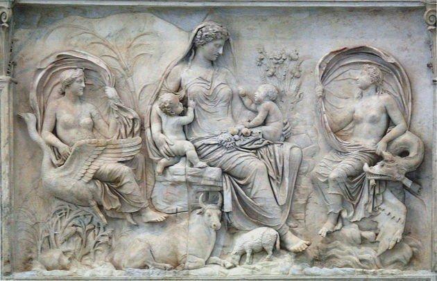 painel em mármore feito por romanos em homenagem à deusa Pax