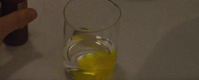 Remédio amarelo
