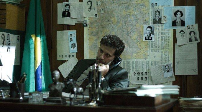 Bruno Gagliasso no filme Marighella.