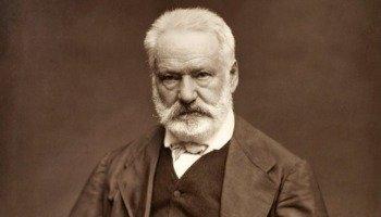 Livro Os miseráveis, de Victor Hugo