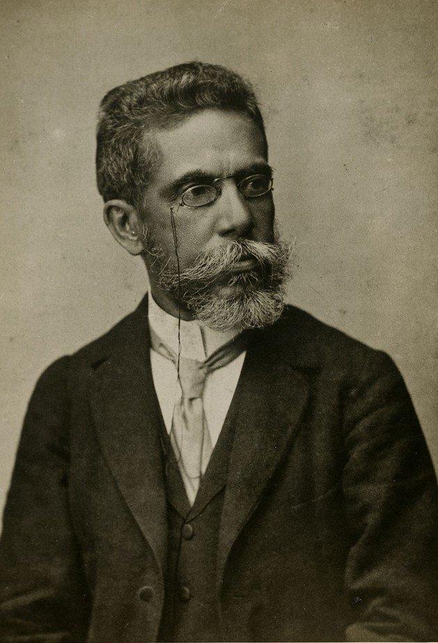 Machado aos 57 anos, 1896