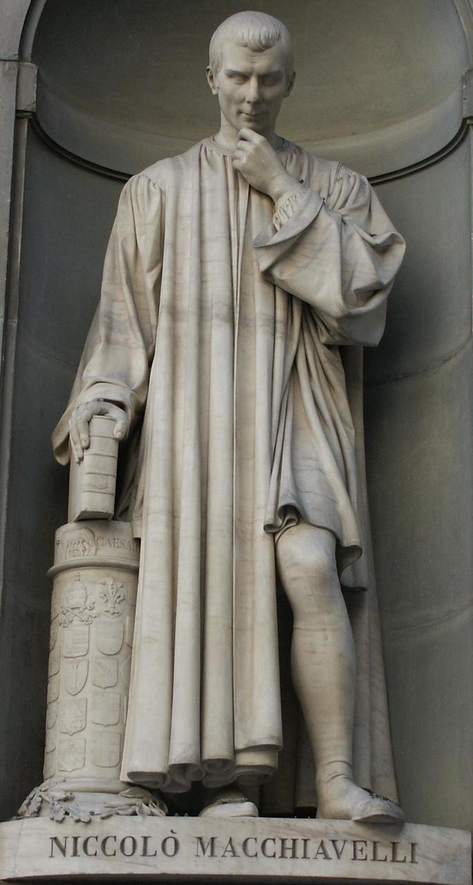 Estatua de Nicolau Maquiavel