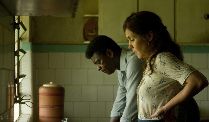 Adriana Esteves e Seu Jorge, Clara e Marighella - frame do filme.