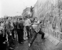 Muro de Berlim: construção, queda e contexto histórico