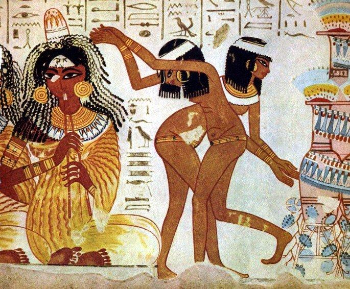 Pintura de músicos e dançarinas
