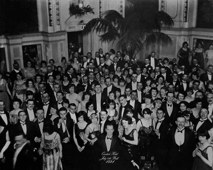 o iluminado foto final em preto e branco com Jack Torrence em 1921