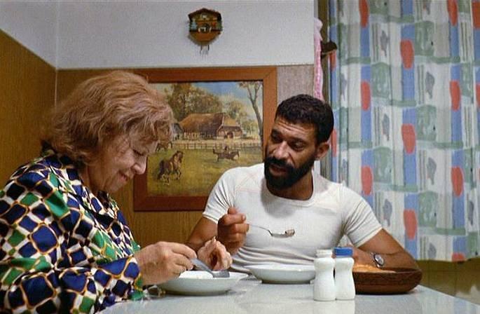 O Medo Consome a Alma (1974)