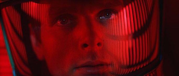 Frame: rosto do astronauta.