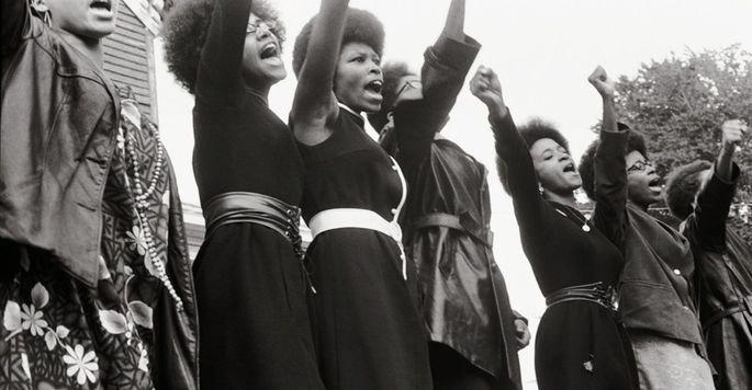 Frame do filme Os Panteras Negras