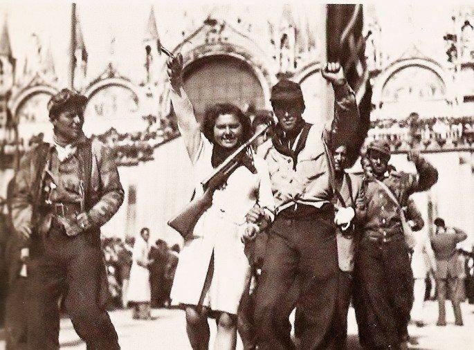 Retrato dos partigiani em Veneza, abril de 1945.