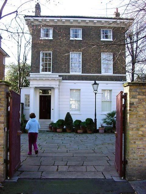 Casa de Paul em Londres, onde foi registrada a demo em piano da primeira versão de Hey Jude.