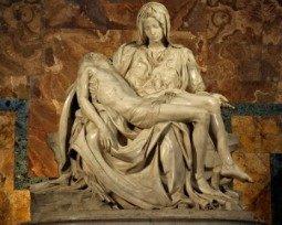 Escultura Pietà, de Michelangelo
